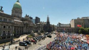 manifestacoes_contra_reforma_na_argentina.jpg116980