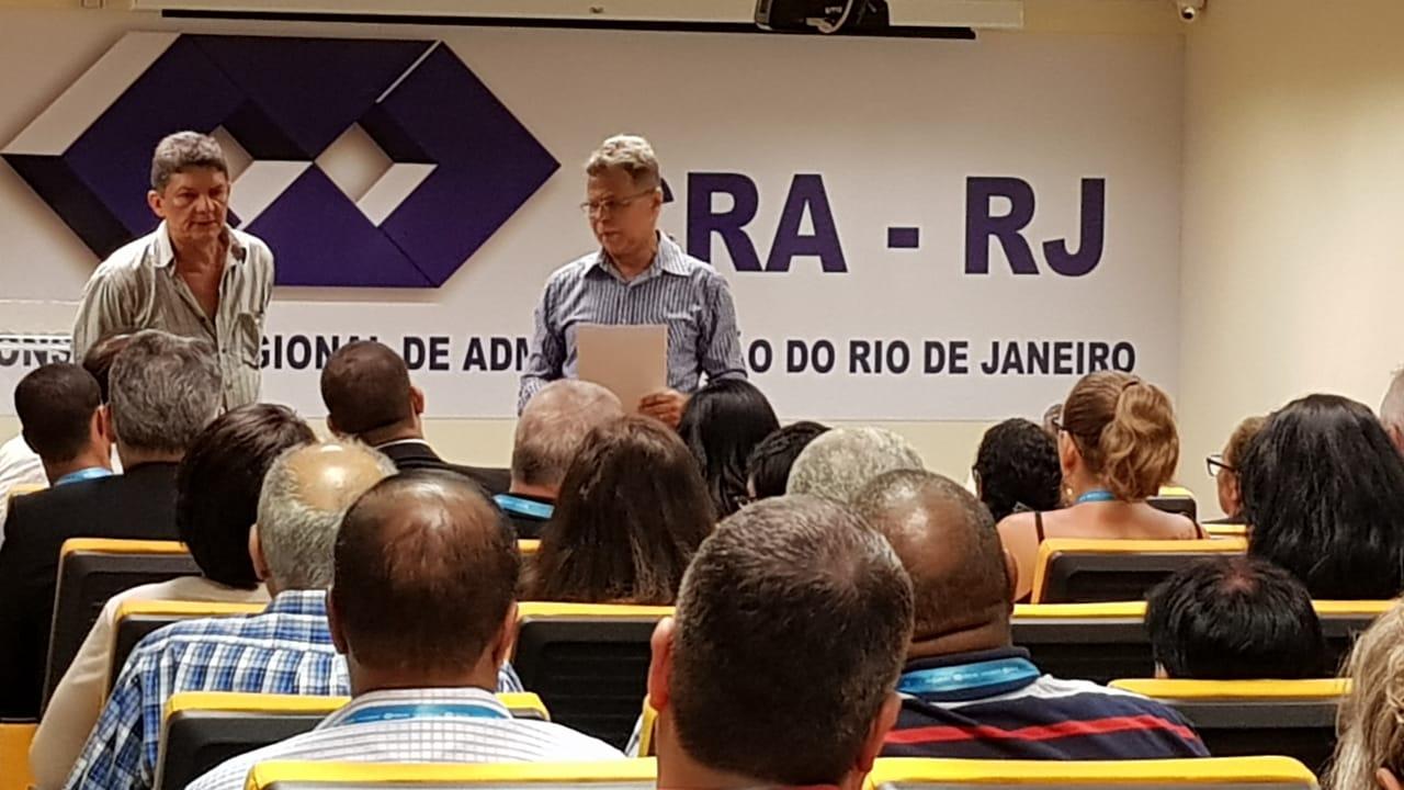 Servidores aprovam ACT no CRA-RJ